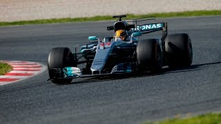 Download Test de pretemporada de F1: Ferrari se acerca mucho a Mercedes Video