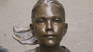 Download 'Fearless Girl' Statue Stays Through Feb. 2018 Video
