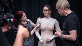 Download How Weta Workshop Made Ghost In The Shell's Thermoptic Suit! Video