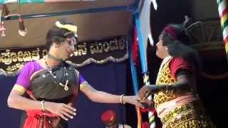 Download Yakshagana - ಪಾದ ಪ್ರತೀಕ್ಷಾ - 6 - Prajwal kumar as Shabara pathni - hasya Video