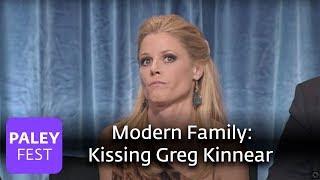 Download Modern Family - Julie Bowen on Kissing Greg Kinnear Video