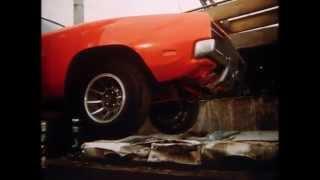 Download DUKES OF HAZZARD Jeep Wagoneer Scene Video