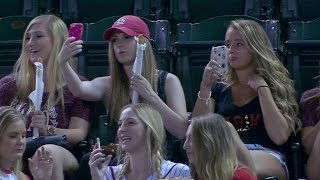 Download COL@ARI: Fans are having a blast taking some selfies Video