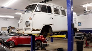 Download 1966 Vw Bus Road Trip to Preservation Auto Werks in NH for a brake overhaul . Video