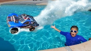 Download RC Car Driving On Water Challenge!! Video