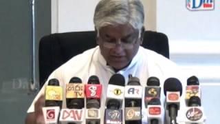Download Verbal war between Arjuna and Thilanga Video