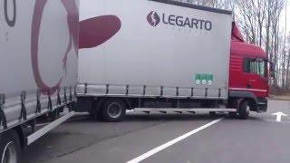 Download 72#Młody Kierowca Ciężarówki: Załadunek Gąbek Video