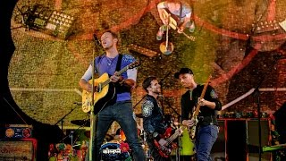 Download Coldplay - Hymn For The Weekend (Radio 1's Big Weekend 2016) Video