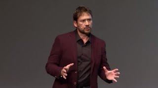 Download La vida está al otro lado del miedo | Miguel Angel Tobías & Gennet Corcuera | TEDxSevilla Video