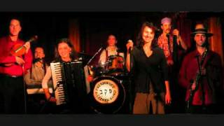 Download Pressburger Klezmer Band - Tumbalalajka Video