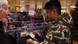 Download Realsatire: Gutmensch-Asyl-Oma wird ausgenutzt Video