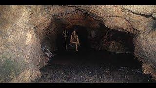 Download इस गुफा में आज भी साक्षात् दिखते है भगवान शिव.. अनोखी महिमा Video