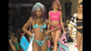 Download Naomi Campbell, Claudia Schiffer,Jasmine Ghauri,Carla Bruni,Cindy Crawford in ″90'S″ CHANEL Swimwear Video