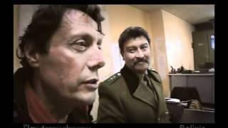 Download Antoine de Maximy echappe à une tueuse en Bolivie Video