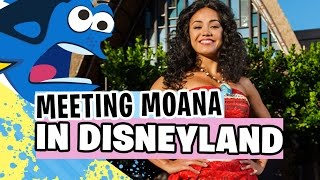 Download Moana Learns to Speak Whale! (Disneyland Meet and Greet) Video