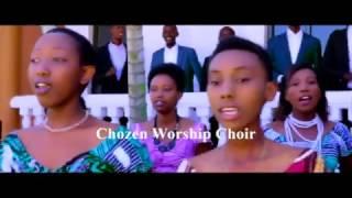 Download Reka kurira - Chosen Choir (New Album: Mana si 1 kandi si 2, twabonye ineza yawe) Video
