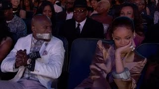 Download Rihanna Tapes Floyd Mayweather's Mouth Shut at BET Awards Video