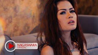 Download Hesty Klepek Klepek - Cinta Pertama - Official Music Video - NAGASWARA Video