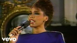 Download Whitney Houston -I Am Changing (Live from the Arista Records 10th Anniversary Celebration, 1985) Video