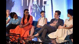 Download Full Video: Oprah, Chris Pine, Ava DuVernay, Reese Witherspoon Talk A Wrinkle in Time Video