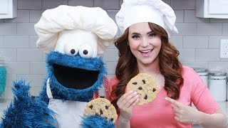 Download CHOCOLATE CHIP COOKIES w/ COOKIE MONSTER! - NERDY NUMMIES Video