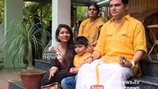 Download Navya Nair and family Sharing Onam experience with Asianet News Video