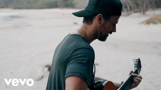 Download Kip Moore - More Girls Like You Video