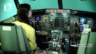 Download An amateur trying to land a Boeing 737 CL - Baltic Aviation academy Video