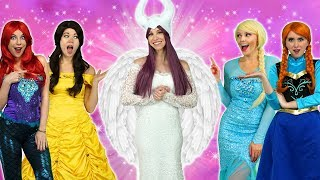 Download MALEFICENT TURNS GOOD. With Elsa, Belle, Ariel, Elsa, Rapunzel and Anna, Video
