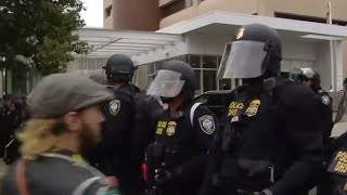 Download Protests at Portland ICE facility draw federal agents in riot gear Video