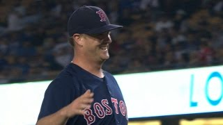 Download BOS@LAD: Wright fans nine in first career shutout Video