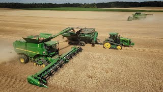 Download CTF Harvest 2018 - 2x John Deere S690i tracks + 640X, John Deere 8370RT + Elmers Haul Master 1600 Video