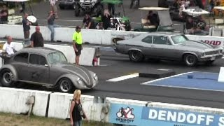 Download 1000 hp Muscle Car vs crazy VW Beetle-Can VW beat 1000hp muscle car? Video