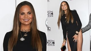 Download Chrissy Teigen Handles AMA Wardrobe Malfunction In The Best Way Possible Video