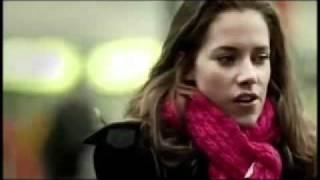 Download Kahraman TAZEOĞLU ben 'aşk' dedim, sen 'gittin'.. / BebiL Video