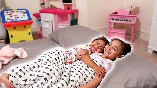 Download ELLE'S FIRST SLEEPOVER!!! (YOU WON'T BELIEVE WHAT HAPPENED) Video
