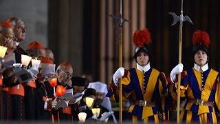 Download El Papa Francisco despide al comandante de la Guardia Suiza Video