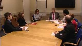 Download Chairing a meeting Video