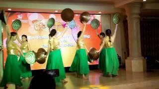 Download Múa Lối Về Xóm Nhỏ Lan Rừng Resort 2017 Video