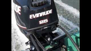 Evinrude E-TEC 25 H P  Engine Features Reviews - By BoatTest Free