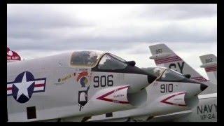 Download Thirteen Days (2000) F-8 scene Video