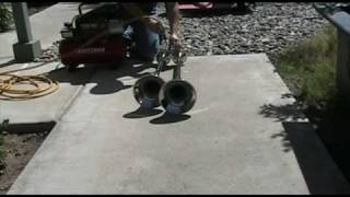 Download Testing My Grover 1056 ″monorail horn″ Video