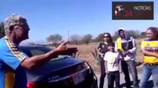 Download ″Tuca″ Ferreti enojado le grita a un aficionado Video