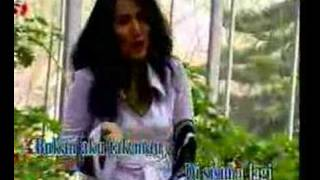 Download RITA SUGIARTO - ZAENAL Video