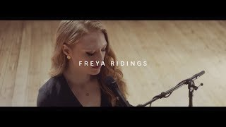Download Freya Ridings - Blackout (Live at Hackney Round Chapel) Video
