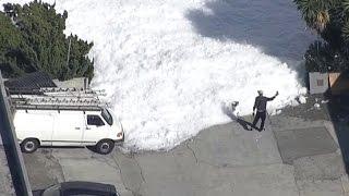 Download Mysterious foam fills street in Santa Clara Video