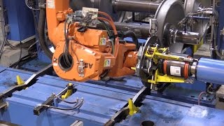 Download Wheel Shop Automation: Automated Bearing Mount Press Machine Cell Video