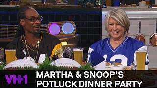 Download Snoop Dogg Wants Rihanna & Martha Chooses Mark Zuckerberg | Martha & Snoop's Potluck Dinner Party Video