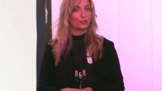 Download Las palabras que no se lleva el viento   Núria Prenafeta   TEDxAndorraLaVella Video