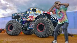 Download DESTROYING Cars in a MONSTER Truck!!! Video